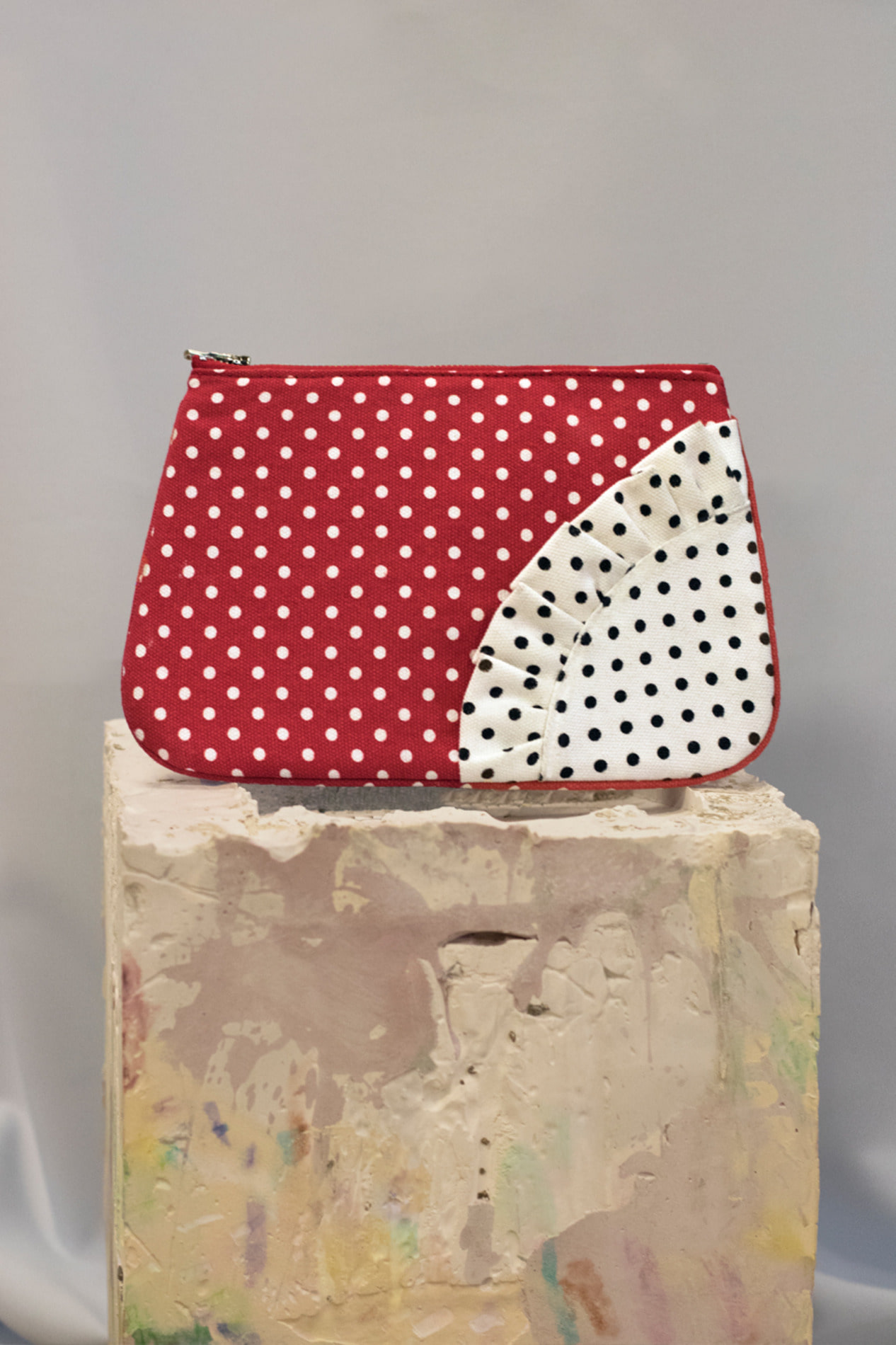 Dot pouch bag (red)
