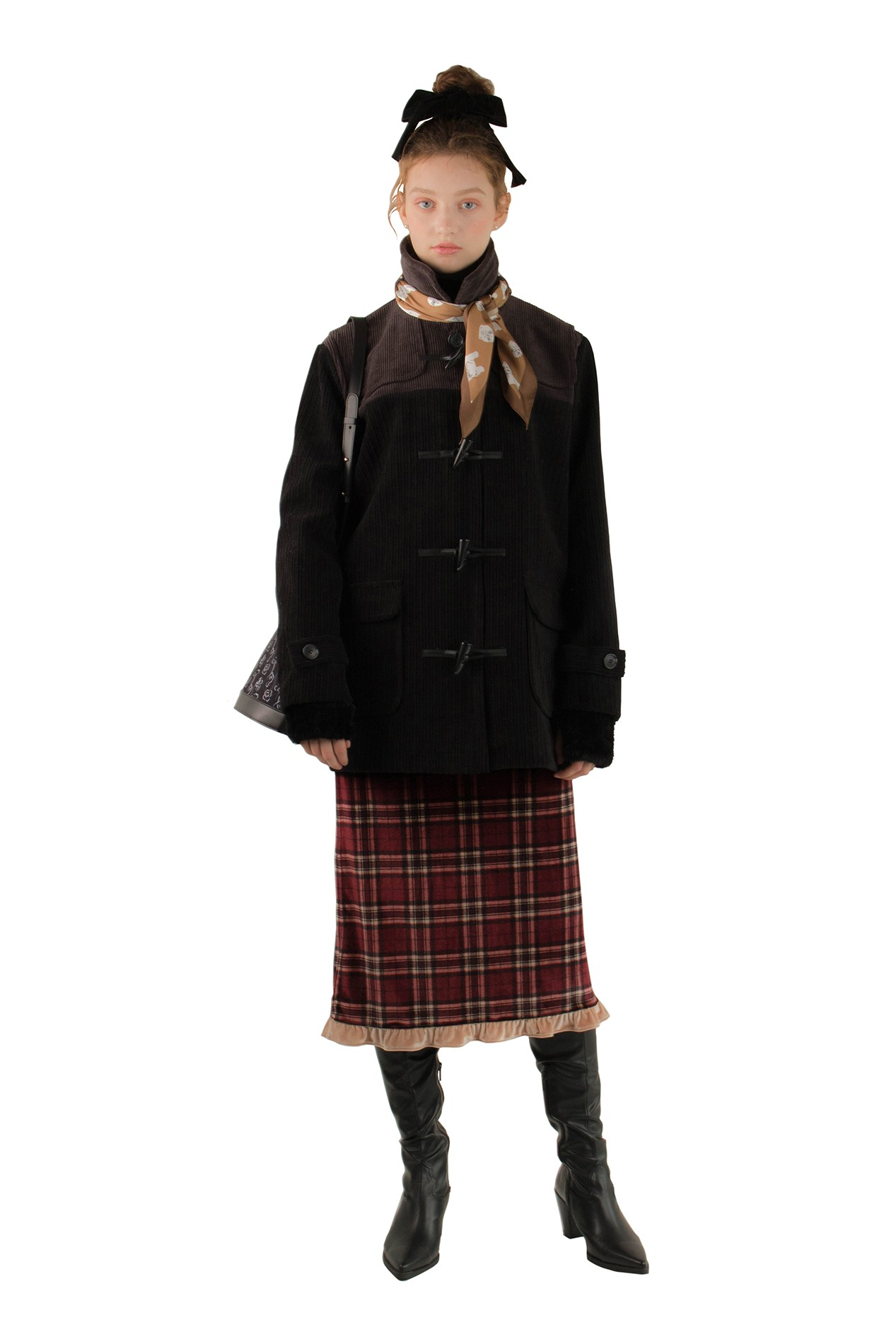Dufflenoon coat (black)