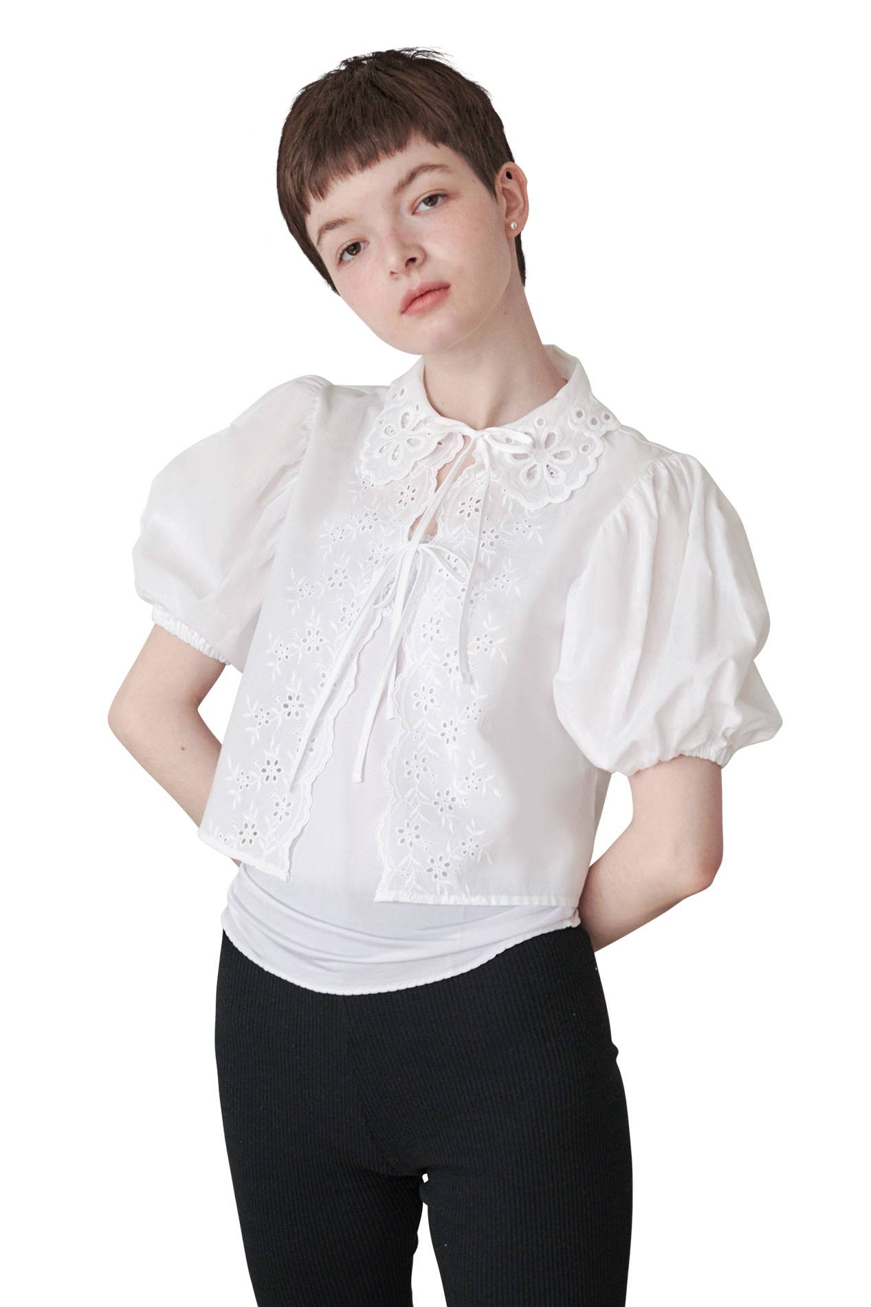 FLORY PUNCHING BLOUSE